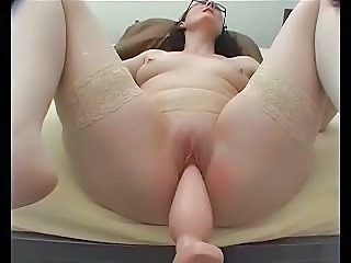 Annette Fucking Machine Thick Plug First Time