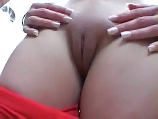 Clit Close up Pussy Shaved Cameltoe TOE
