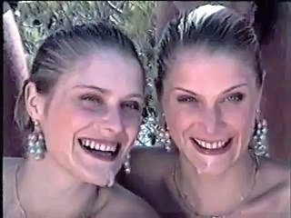 Cumshot Facial Twins