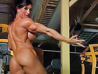Videos from: tubewolf | Incredibly muscular woman in gym totally nude