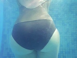 Pool Masturbating Panty Ass