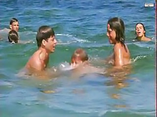 Amateur Playa Nudista Amateur Amateur Adolescente Playa Amateur