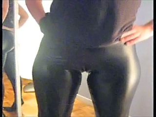 Stripper Amateur Latex Amateur