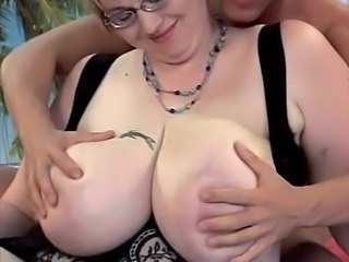 Glasses Mature Natural Ass Big Tits Bbw Anal Bbw Tits