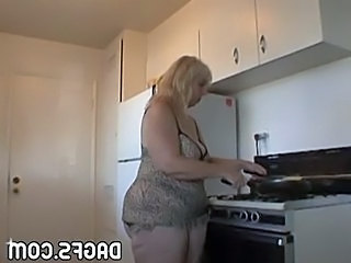 Kitchen Pov Mature Aunt Bbw Amateur Homemade Mature