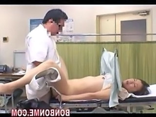 obstetrics and gynecology doctor fucked his milf patient 02