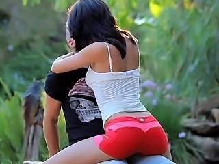 Erotic Brunette Kissing Kissing Pussy Kissing Teen Outdoor