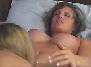 Mature Woman Vs Young Babe 17 lesbian girl on girl lesbians