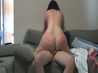 Mature ass riding