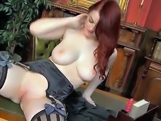 Redhead Shaved Pussy Cute Teen Office Babe Office Teen