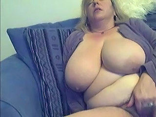 BBW Hairy Masturbating Amateur Big Tits Bbw Amateur Bbw Masturb