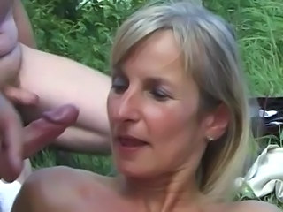 SPERMANNEKE OUTDOOR SEX gangban ... free