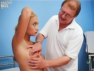 Valerie pussy gaping by old gyno doctor with speculum