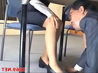 Japanese Office Voyeur