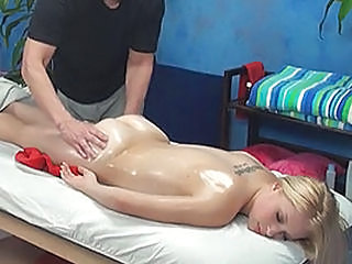 Alyssa Deceived And Banged By Her Massage Therapist Onto Hidden Camera