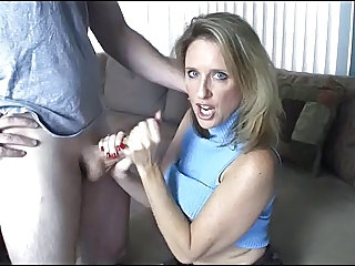 Mom Amateur Handjob Handjob Amateur  Toy Amateur