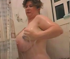 Boomboom taking a shower 1