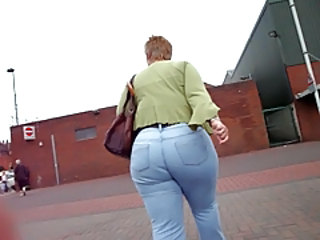 Granny Jeans Ass
