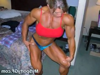 Muscled Brunette Girlfriend Gym