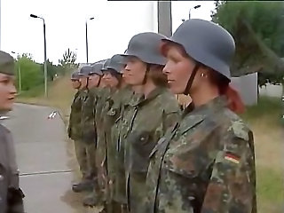 MILF Army Uniform Tysk Milf