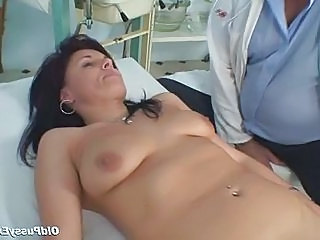 Doctor Saggytits Mature Older Gyno Doctor Mature Mature Pussy Gagging Girlfriend Blonde Masturbating Mature