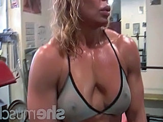 Sport Mature Muscled Blonde Mature Gym