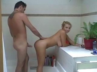 Mature girl fuck hard in bathroom