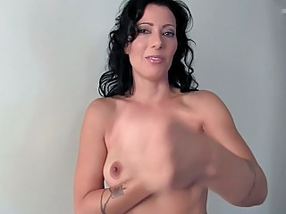 Amateur Brunette Mature Mother