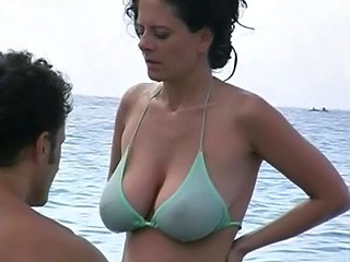 Beach MILF Natural Beach Bikini Beach Tits Big Tits Beach