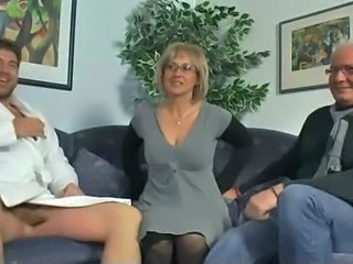Cuckold Threesome Wife Glasses Mature Mature Ass Mature Threesome