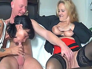 Mature Older Threesome Amateur Blowjob Blowjob Amateur Blowjob Mature