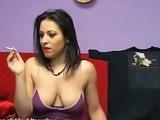 Smoking Brunette Fucking Her Pussy With A Red Dildo1.wmv