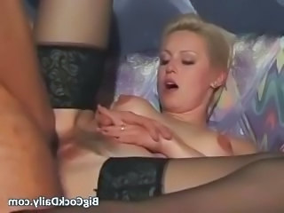 Short haired blonde MILF in stockings part2