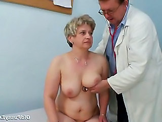 Doctor Mature Older Uniform Gyno Doctor Mature Mature Pussy Gagging Girlfriend Blonde Masturbating Mature