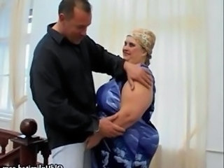 BBW mature housewife loves sucking chubby