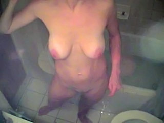 Toilet Amateur Mature Sister