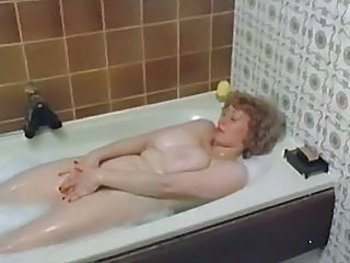 Bathroom MILF Vintage