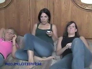FOOT WORSHIP 3some