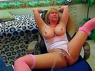Squirt Squirt Mature Dorm