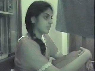 Cam: Indian Academy Girl HomeVid