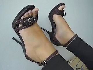 Feet Fetish High Heels