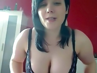 chubby brunette behind cam