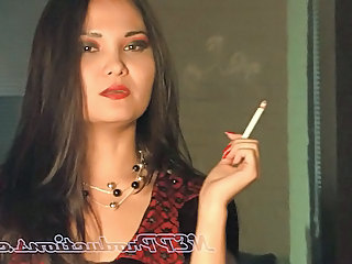 Lucy Levon 2 - Smoking Fetish At Dragginladies