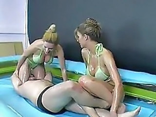http%3A%2F%2Fwww.sunporno.com%2Ftube%2Fvideos%2F298364%2Fmixed-oil-wrestling--goldie-and-nikki.html