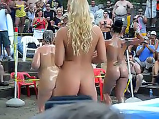 Amateur Dancing Nudist Outdoor Outdoor Amateur Public Amateur