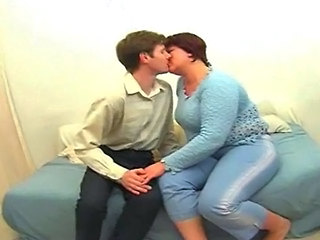 Amateur  Kissing Bbw Amateur Bbw Mom Mature Bbw