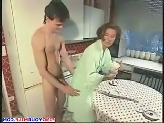 Kitchen Amateur MILF Aunt  Old And Young