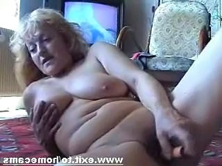 Frida 55 years from Austria masturbates at