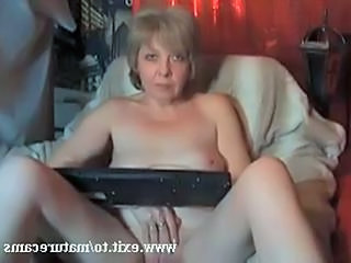 Granny Magret Fingering and orgasm at home Sex Tubes