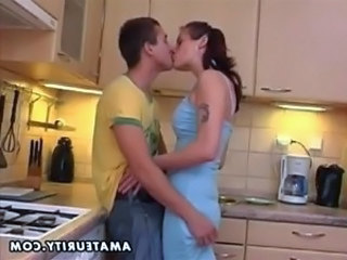 Kissing Kitchen Teen Amateur Cumshot Amateur Teen Cumshot Teen